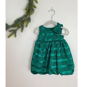 Gymboree Christmas shiny green dress with bow
